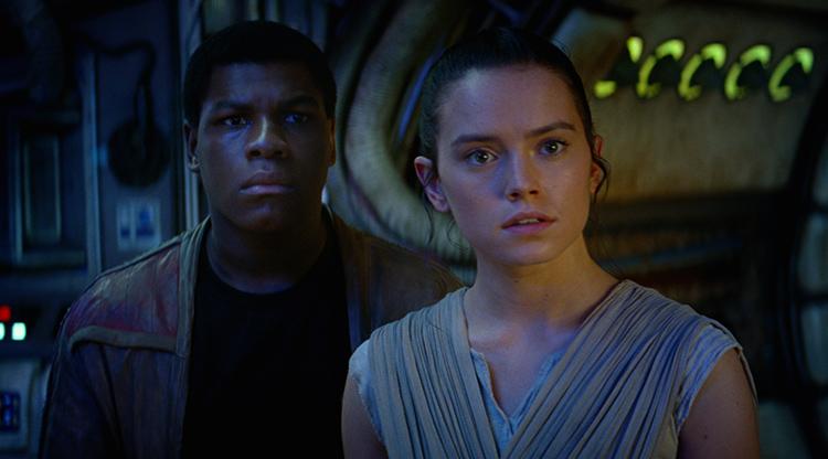 John Boyega and Daisy Ridley in Star Wars VII