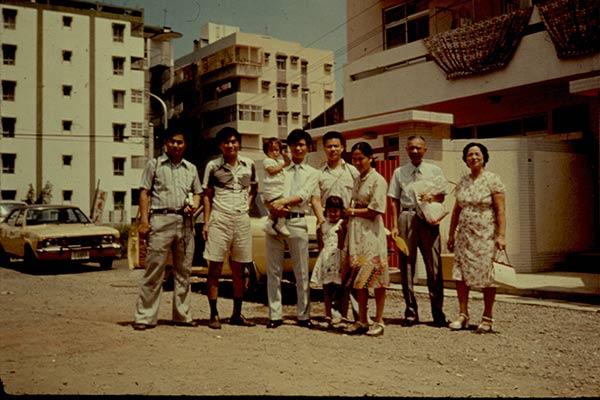 Hwang-Family-1970s-028